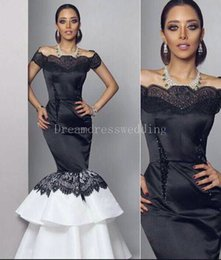 Wholesale Jersey Knit Evening Gowns - Real Picture Black Mermaid Evening Dress Boat Neck Lace Appliques Formal Party Gowns Fashionable Black And White Dresses