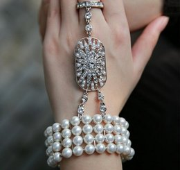 Wholesale Great Bridal Gifts - The Great Gatsby Movie Celebrity Women Bracelets With Finger Rings Shiny Pearls Crystal Rhinestone Jewelry Bracelets For Bridal Accessories