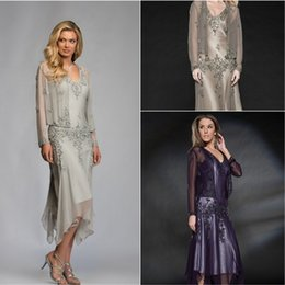 Wholesale Spring Tea Length Mother Dresses - 2017 Formal Mother Of the Bride Dresses With Coat Appliques Chiffon Tea Length Cheap Grey Purple Green Plus Size Mother Evening Party Gowns