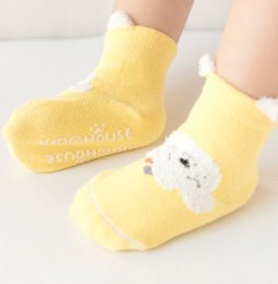 Wholesale Infant Cartoon Animal Socks - Infant cartoon fox ankle socks baby girls boys fleece cat bear dog panda totoro non-slip socks newborn stripe knited warmer legs R1684