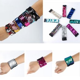 Wholesale Fish Gifts - Magic Sequin Mermaid Bracelet Women Girl Sequin Wristband Charm Fish Scales Bangle Jewelry Gifts Random Colors OOA3775