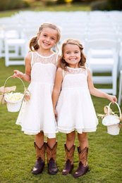 Wholesale Lace Kids Bridesmaid Dresses - 2016 Lovely Country Style Flower Girl Dresses for Wedding Crew Neck A Line Lace Cute Kids Dresses For Junior Bridesmaid Custom Made