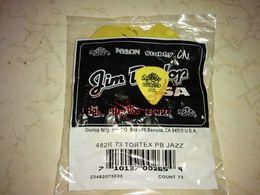 Wholesale Guitars China Wholesale - 72 piece Guitar Picks 73 mm Yellow Tortex Guitar Picks from china free shipping