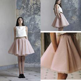 Mini tutu rosa mujer online-Light Pink Sexy Mini faldas cortas Tutu Tulle una línea de capas de vestidos de fiesta Junior Women Prom Vestidos 2016 por encargo