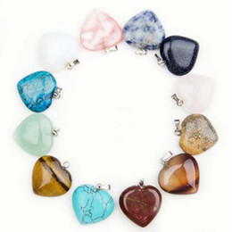 Wholesale gemstone charm beads - Natural heart shape love gemstone Stone mixed Pendants Loose Beads for Bracelets and Necklace Charms DIY Jewelry