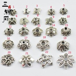 Wholesale Tube Scarf Pendants - 20Pcs Lot Hot Fashion DIY Jewellery Scarf Pendant New Style Mental Alloy Hollow Out Charm Slide Holding Tube Bails 2016 New Style