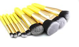 Odessy Pro 9 pezzi Spazzole sintetiche morbide per trucco per capelli Manico in legno giallo Set completo Pennello per trucco cosmetico per la bellezza dell'occhio del viso da