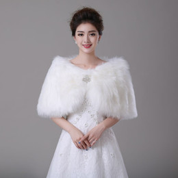 Wholesale Champagne Bridal Fur Shawl - 2016 Faux Fur Bridal Wraps Jackets Bolero Stole Evening Winter Wedding Prom Coats Capes Champagne Red White Ivory Cheap accessories