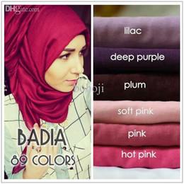 Großhandels-Einteiler hijab Frauen Schal Maxi feste Ebene muslim Hijab Schals Foulard Baumwolle Viskose Schals islamischen Kopf wickelt Großhändler von Fabrikanten