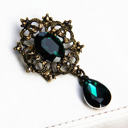 Wholesale Cake Decorations China - Antique Popular Style Women Brooch Pin Waterdrop Pendent Exquisite Lady Wedding Cake Jewelry Decoration Pins Brooches