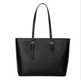 Wholesale Low Priced Leather Handbags - Wholesale-Lowest price sell!Brand women handbag European fashion women messenger bags High quality women bag designer women leather bag