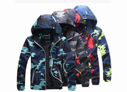 Wholesale Korea Camouflage - High quality Mens Summer Camo Windbreaker Pullover Jacket Thin Male Camouflage Windbreaker Coats Korea Style Spring Men's Hooded Windbreaker