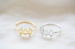 Wholesale Cute Christmas Couples Gifts - Min 1pc Gold and silverLine batman ring,animal ring,cute ring,couple ring,mens rings, -JZ128