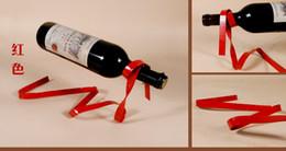1 PC 6 Cores magia fita suspensa vinho quadro rack de vinho pino ferro estranho novo presentes criativos de metal vinho titular A2077 de Fornecedores de sacos de vinho branco atacado