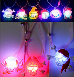 Wholesale Light Up Jewelry Wholesale - LED Halloween Pumpkin Necklace Pendant Halloween Decoration Led Cartoon Pendant Pirate Skull Shining Jewelry Party Favor Light Up Kids Toys