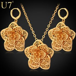 Wholesale Real Gold Jewelry Bracelet - Flower Necklace Set 2015 New Platinum 18K Real Gold Plated Trendy Exquisite Party Necklace Earrings Jewelry Set For Women S562