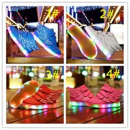 Wholesale Bling Usb - 2016 Hot sale Fashion spring and autumn children LED flashing light Wings shoes USB Charging shoes PU Face 4 Colors A0131105