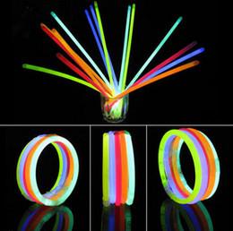 """Wholesale Rave Necklace - 100 x 8"""" Glow Sticks Bracelets Necklaces Neon Colours Party Favors Rave Disco"""