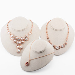 Wholesale Bust Mannequin Jewelry Stand - Top Grade Bust Mannequin Linen Pendant Necklace Holder Jewelry Display Stand Rack Photographed Props Neck Model