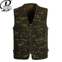 Wholesale Green Photographers - Fall-NEW Fashion 2016 Summer Autumn Men's Sleeveless Vest Casual Multi pocket Men Outdoor Photographer vests Jacket Tops chaleco