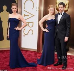 Oscar prêmios vestidos on-line-Amy adam sereia strapless varrer trem azul escuro cetim 86 Oscar anual academy awards celebridade tapete vermelho vestidos de noite vestidos dl1310853