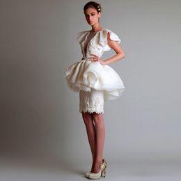 Marfim Ocasião Especial Vestidos de 2017 Alta Costura Elegante Curto Vestido de Noite Applique Designs Líbano Com Mangas Vestidos de Festa Para O Baile de Finalistas de Fornecedores de marfim vestidos de noite curto