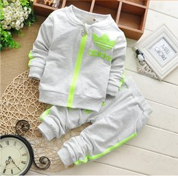 Wholesale Baby Girls Tracksuits - 2017 New 100% Cotton Long Sleeves Spring Baby Sets Round Neckline Zipper Printing Outwear+Pants 2pc Boys Girls Tracksuits Hot