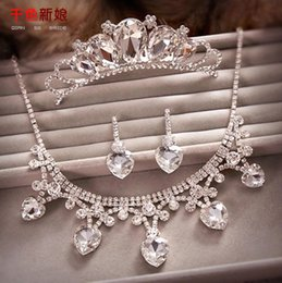 Wholesale Errings Silver - 2016 Hot Luxurious Crystal Wedding Accesories Set Tiaras Necklace Errings High Quality Bridal Tiaras Crowns Three Pieces Set Free Shipping