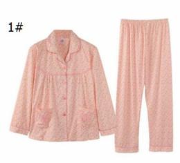 Sonbahar ve kış yeni kadın pamuk hırka çiçek uzun kollu pantolon pijama yaşlı anneler ev giyim suit toptan nereden eski takım elbise tedarikçiler