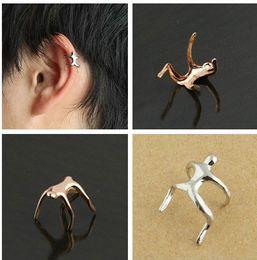 brincos de orelha de orelha de cartilagem Desconto 2015 Hot Silver Gold Climbing Man Nua Alpinista Ear Cuff Helix Cartilagem Brinco