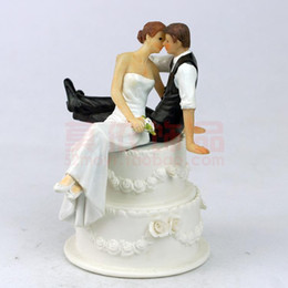 Wholesale Lovely Bride - Lovely Wedding Cake Topper Bride & Groom Princess Hold Wedding Supplies Decorations Wedding Party Gift Favors Handmade Ceramic Cake Topper