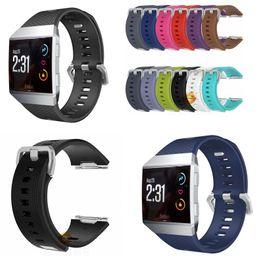 Bracelets de bande de métal en Ligne-12 COULEUR Pour les montres Fitbit Ionic Bracelets Accessoires Bracelet de sport en silicone avec fermoir en métal en acier inoxydable