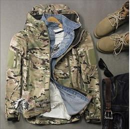Wholesale Shark Shell Jacket - 2015 new Military style shark skin outdoors camouflage jackets men waterproof soft shell tactical sport coat jacket coat men army green
