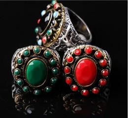 Heiße weibliche Rubin-Smaragd-Edelstein-Ringe böhmische Königin Fingerring koreanischer Opal-Ring 18K Weißgold-Edelstein-Ring von Fabrikanten