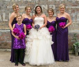 Vestido de novia de hendidura delantera cariño online-Bling lentejuelas largo púrpura vestidos de dama de honor cariño plisado frente de hendidura vestido de fiesta de bodas longitud del piso 2016 Vestidos Madrinhas