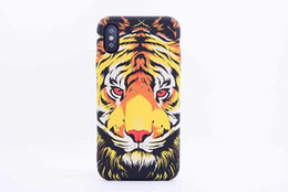 Re di leone del telefono di iphone re online-Nuovo marchio Animali Lion Wolf Gufo modello Hard Back Phone Case per iPhone X Bagliore nel buio luminoso Forest King Tpu Case