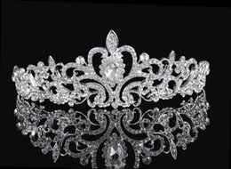 Wholesale Romantic Fairy - Shining Beaded Crystals Wedding Crowns 2016 Bridal Crystal Veil Tiara Crown Headband Hair Accessories Party Wedding Tiara