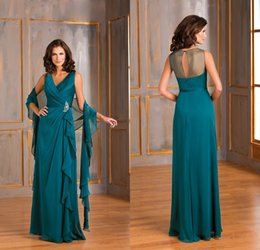Wholesale Teal Sash Dress - 2017 Formal Teal Green Chiffon Plus Size Mother Of The Bride Dresses V Neck A Line Ruffles Long Evening Gowns With Shawl