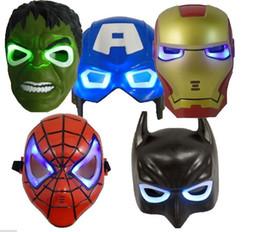 2019 oreiller léger mené en gros LED Avengers Masque Rougeoyant Hulk Captain America Batman Spiderman Ironman Party Avengers Masque Garçon Cadeau Vente chaude! DHL Livraison gratuite