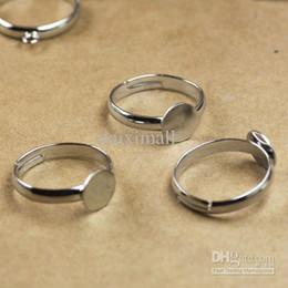 Wholesale White Rings Blanks - WHOLESALE FREE SHIPPING 100pcs 6 8 10mm round glue pad white-karat NICKEL FREE Plated Adjustable RING BASE BLANK ring findings