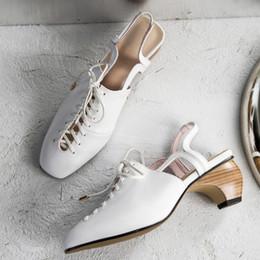 zapatos de noche de talla grande Rebajas 3 Color plus talla 43 zapatillas slip-on de cuero genuino para mujer Zapatillas con punta cuadrada Correa cruzada Zapatos de tacón alto por la noche Venta