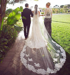novia capilla velo Rebajas 2019 Best Selling Wedding Velos Gorgeous Cover Face Velo de novia Apliques de perlas Longitud de capilla Velos de novia