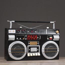 Argentina Retro radio adornos bar mesa de café en casa sala de estar artesanías decoraciones grabador de hierro forjado modelo creativo moda decoración del hogar Suministro