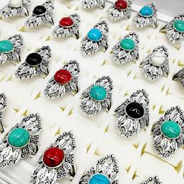 mulheres antigas dos anéis de turquesa Desconto Vintage Antique Prata Esculpida Oval 30 pçs / lote Anel de Turquesa Irregular Estilo Punk Pedra Natural Anéis Mulheres Homens Presente Da Jóia Do Partido