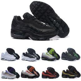 2019 sapatos esportivos de cor preta Nike Air Max 95 Bom Neon Men'Running Sapatos Para As Mulheres Tênis Esportista 97 Designer Trainer Preto Branco Cores de Vendas Quentes sapatos esportivos de cor preta barato