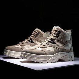 botas de madeira Desconto Botas de Caminhada Antiderrapante Sapatos Impermeáveis Tornozelo Neve Tático de Inicialização Sapatilhas Ao Ar Livre Homens Botas de Montanha de Escalada de Montanha de Madeira # 97127