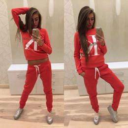 2019 peplum jumpsuit shorts 2 stück outfits für frauen 2019 frauen trainingsanzug brief drucken mode lässig pullover gerade hosen club outfits survetement femme