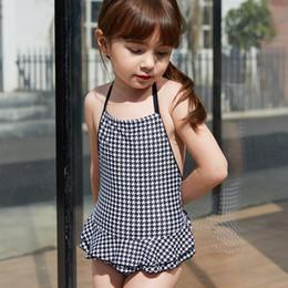 Einfache badebekleidung online-kinder mädchen badeanzug einteilig schnüren sich oben badeanzug kinder backless bademode europäischen und amerikanischen einfachen stil