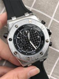 Canada 2019 nouvelle mode plein-fonction mens montres à quartz Trois yeux et six aiguilles courent secondes bracelet de montre en silicone montres à quartz hommes cheap three needles watch Offre