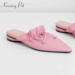 6101c28535 Krazing Pot 2019 zapatos de la marca saling caliente hechos a mano  puntiagudo tacones bajos zapatillas de cuero suave hadas decoración de  metal mulas l0f1